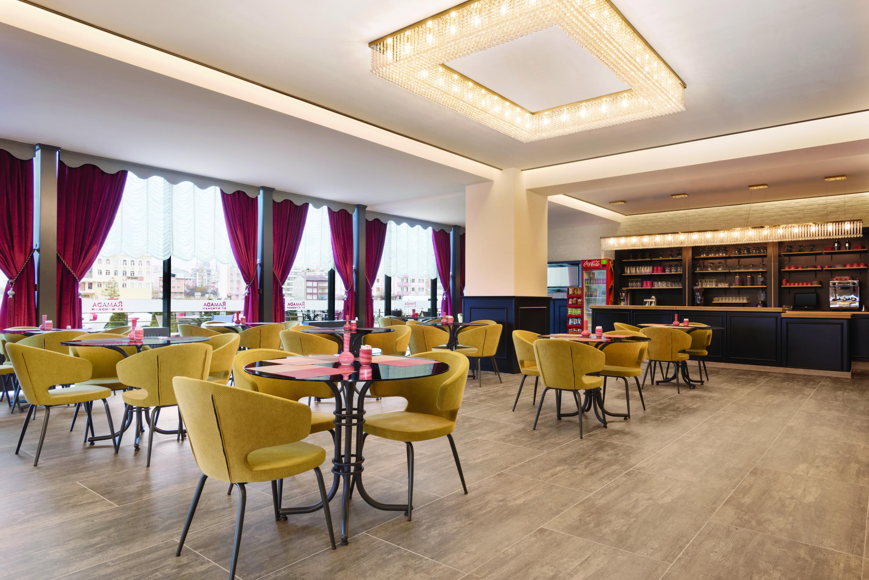 Jasmine Café & Bar
